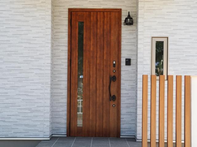玄関・玄関ドアのリフォームの相場